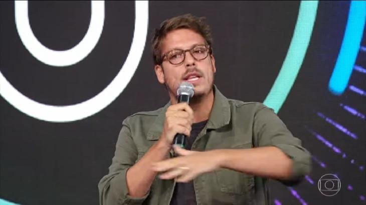 Fabio Porchat participando do Domingão do Faustão