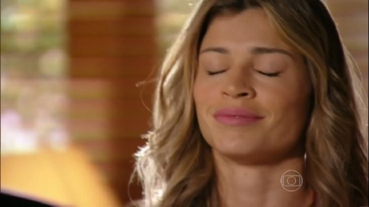 """Flor do Caribe: Ester implora para se livrar de Alberto: \""""Quais são as minhas chances?\"""""""