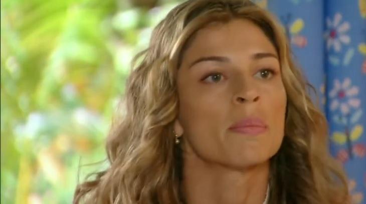 Cena de Flor do Caribe com Ester nervosa