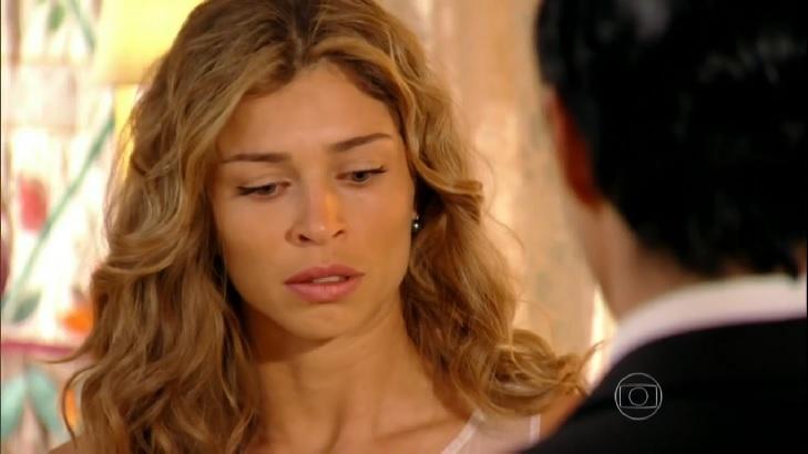 Cena de Flor do Caribe com Ester chocada