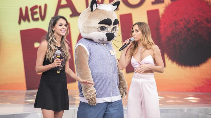 """Cantor Zé Felipe vira conselheiro amoroso no \""""Programa da Sabrina\"""" deste sábado"""