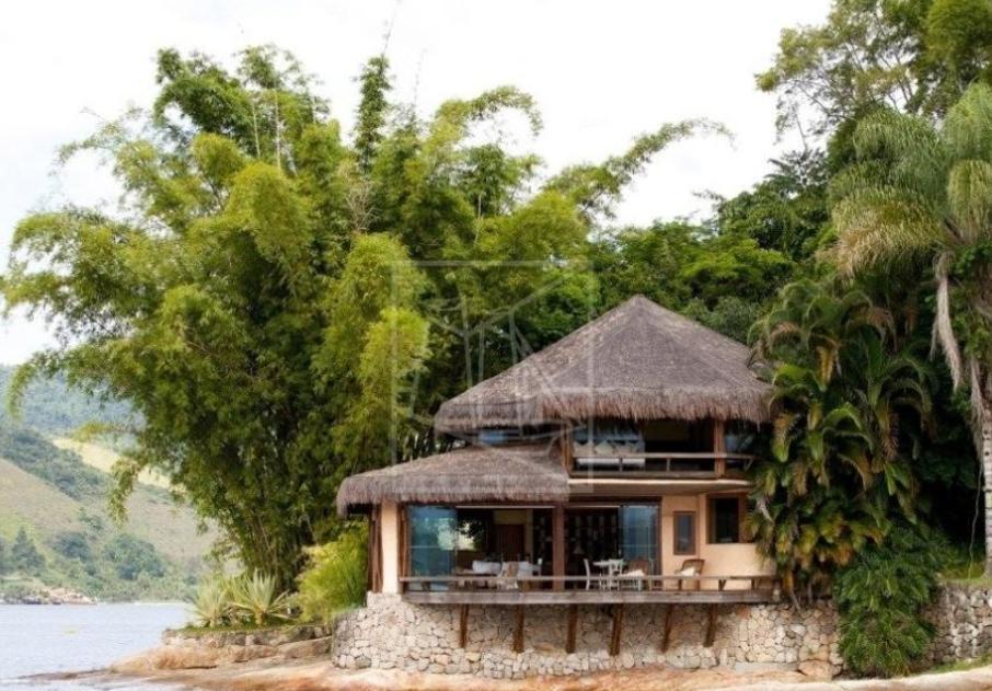 Ilha onde Bruna Marquezine passará Réveillon com amigas tem valor da diária revelado