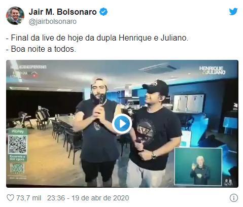 Henrique e Juliano encerram live com slogan de Jair Bolsonaro e web repercute