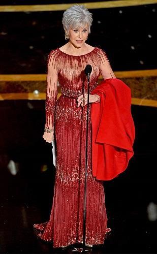 De Billie Eilish a Jane Fonda: as roupas mais extravagantes do Oscar 2020
