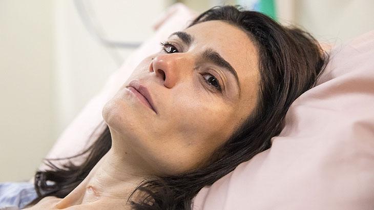 Leila acorda do coma