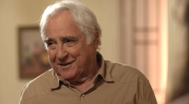 O ator, de 86 anos, Luiz Gustavo