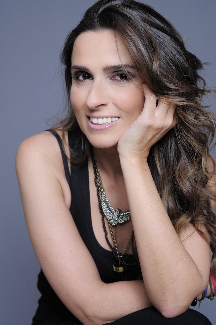 """Autora de \""""Ouro Verde\"""" confessa sobre estreia da novela na Band: \""""Assustador\"""""""