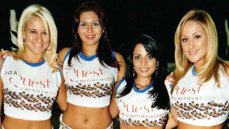"""Lívia Andrade tem carreira repassada pelo \""""Fofocalizando\"""", mas edição pula sua fase Mallandrinha"""