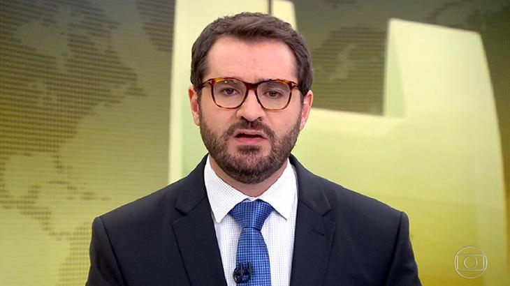 Marcelo Come durante apresentação do Jornal Hoje