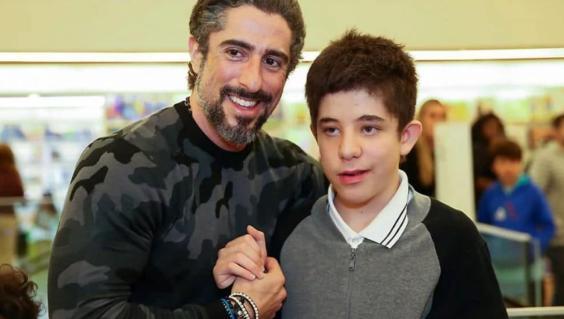 Marcos Mion e o filho Romeu