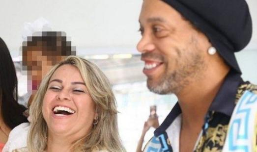 Ronaldinho Gaúcho e Beatriz