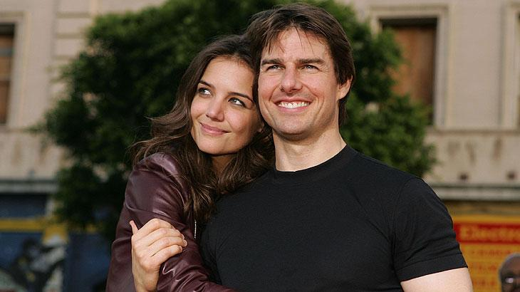 Tom-Cruise-e-Katie-Holmesat_81e0254c916b12cede52c18cfb53a43def7f75bd.jpeg
