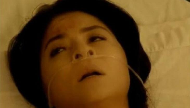 Cena de Triunfo do Amor com Vitória deitada numa cama de hospital com oxigênio