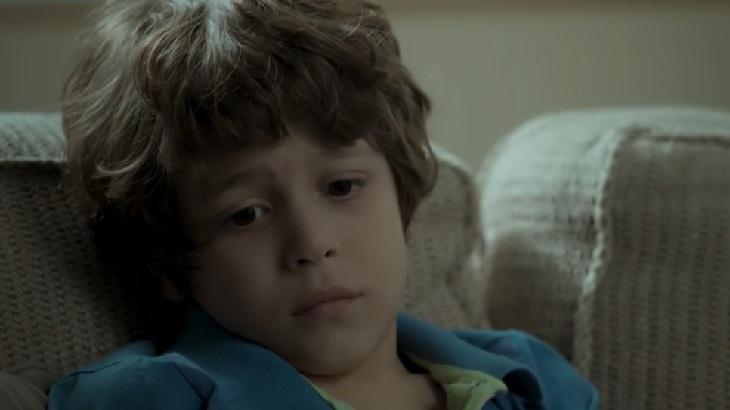 João Bravo como Dedé em cena da novela A Força do Querer, da Globo