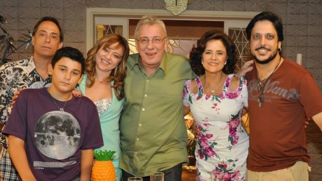 """Novo curinga, \""""A Grande Família\"""" tem potencial para ser o \""""Chaves\"""" da Globo"""