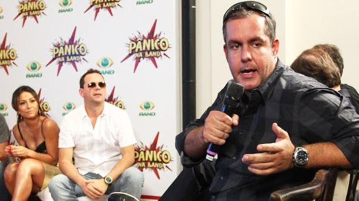 Alan Rapp com o microfone