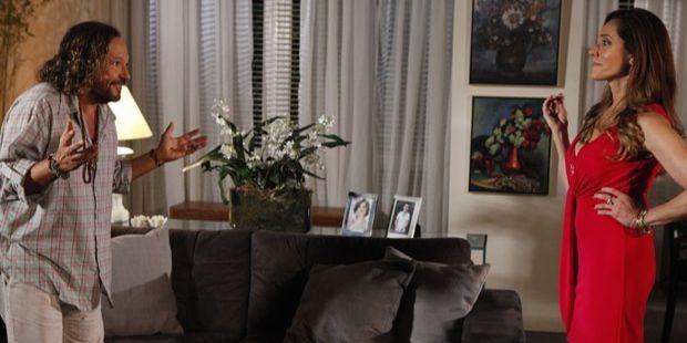 Fina Estampa: Álvaro comete crime para defender Tereza Cristina