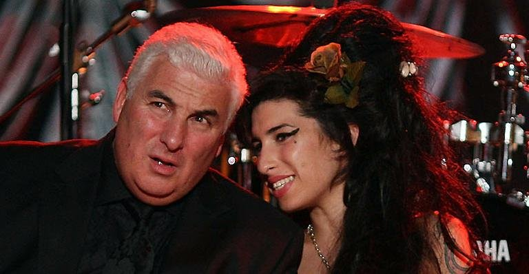Amy winehouse e o pai Mitch