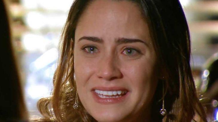A Vida da Gente: Júlia provoca reação em Ana com atitude inesperada