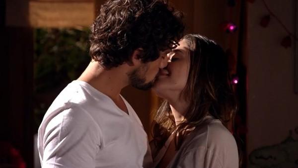 Ana e Rodrigo em A Vida da Gente