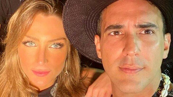 André Marques fazendo selfie com Sofia Starling