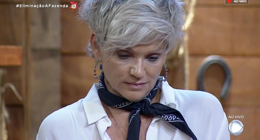 Peoas disputaram a sétima roça no reality show A Fazenda 2019