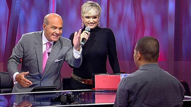 """Marcelo de Carvalho não perdoa gafes de Andréa Nóbrega em \""""O Céu é o Limite\"""""""