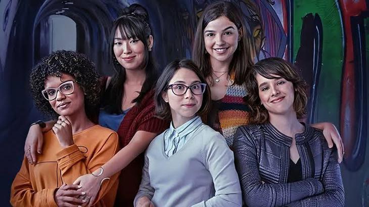 Gabriela Medvedovski, Ana Hikari, Heslaine Vieira, Daphne Bozaski e Manoela Aliperti