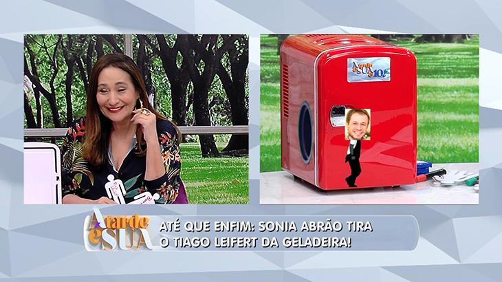 Sonia Abrão faz mistério, mas tira Tiago Leifert da geladeira; apresentador comemora