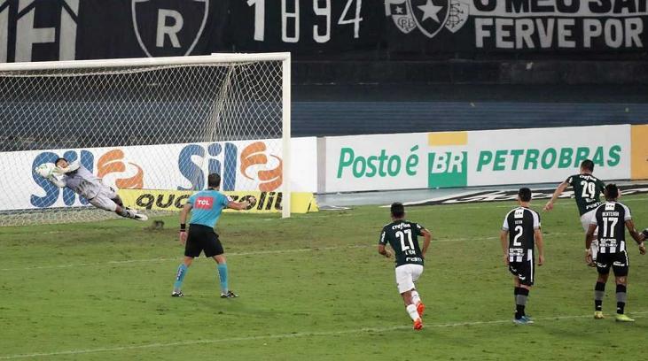 Jogo entre Botafogo e Palmeiras