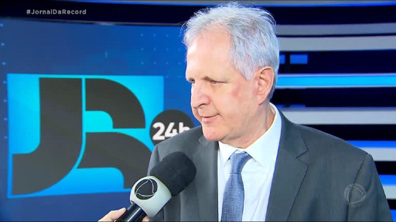 Lacombe é cogitado para assumir lugar de Augusto Nunes na Record News