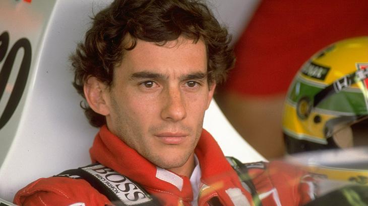 Ayrton Senna olhando para o além