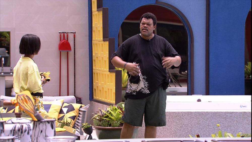 Babu Santana desbaafou com Manu Gavassi após brincadeira no BBB20