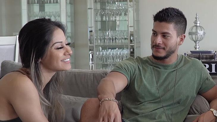 """Mayra Cardi sobre sexo com Arthur Aguiar: \""""A gente pega fogo junto\"""""""
