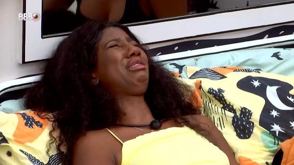 BBB21: Madrugada tem Juliette chateada com Gil, choro de Camilla e Arthur irritado