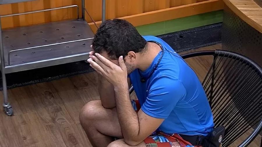 "BBB21: Gilberto e Caio têm novo desentendimento: ""Quer dar show"""