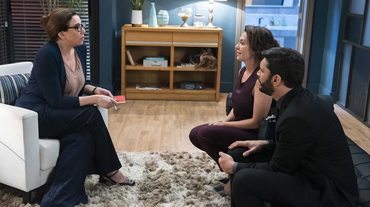 Marisa Orth entra em Bom Sucesso como falsa terapeuta de casais