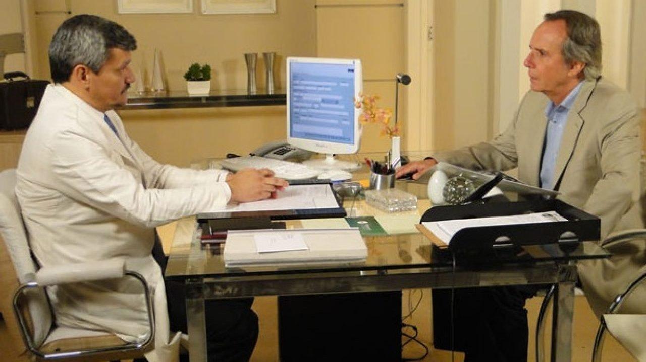 Breno durante consulta com neurologista