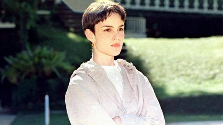 Carolina Kasting como Brida
