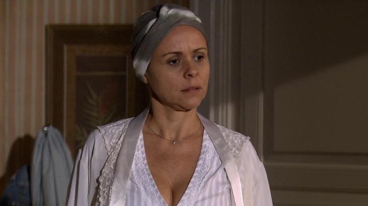 Giulia Gam em cena da novela Ti Ti Ti, em reprise na Globo