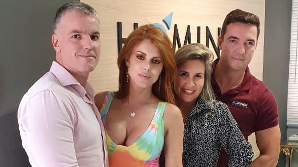 Power Couple: Irmão entrega preparação de Bruno e Deborah para o reality