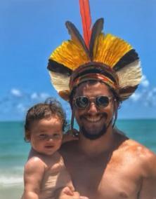 Com um ano, filha de Bruno Gissoni já viajou para quatro países