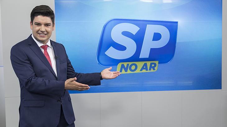 Pupilo de Marcelo Rezende assume jornalísticos matinais e eleva audiência da Record TV