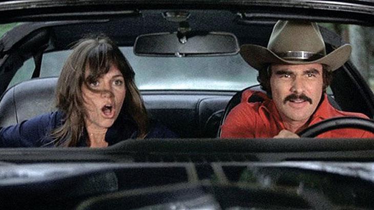 But Reynolds pediu para ser velado em seu velho carro