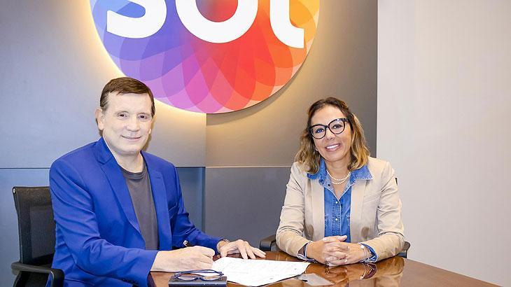 """SBT renova com Roberto Cabrini, que decreta: \""""As bases do contrato me deixaram satisfeito\"""""""