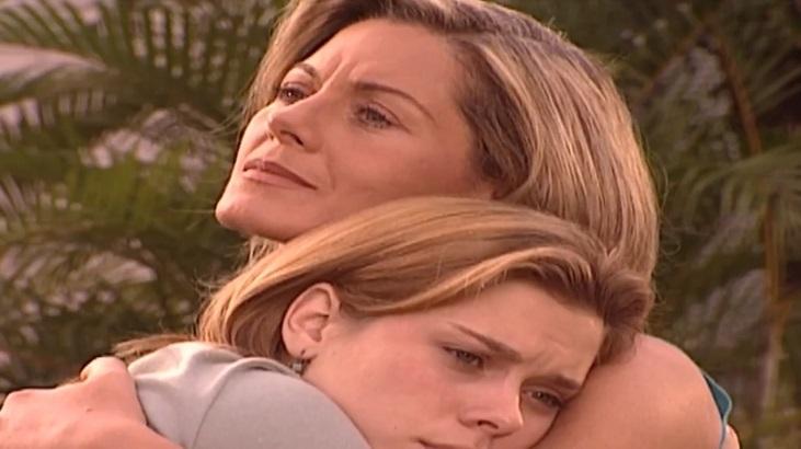 Carolina Dieckmann e Vera Fischer em Laços de Família