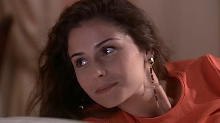 Giovanna Antonelli como Capitu em cena da novela Laços de Família, em reprise na Globo