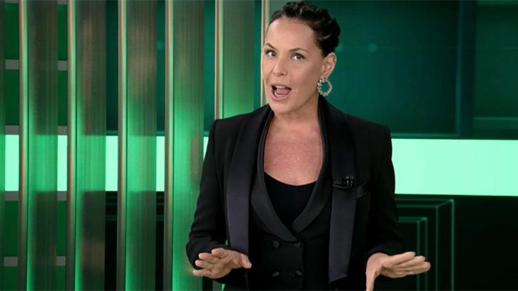 Carolina Ferraz na estreia do Domingo Espetacular