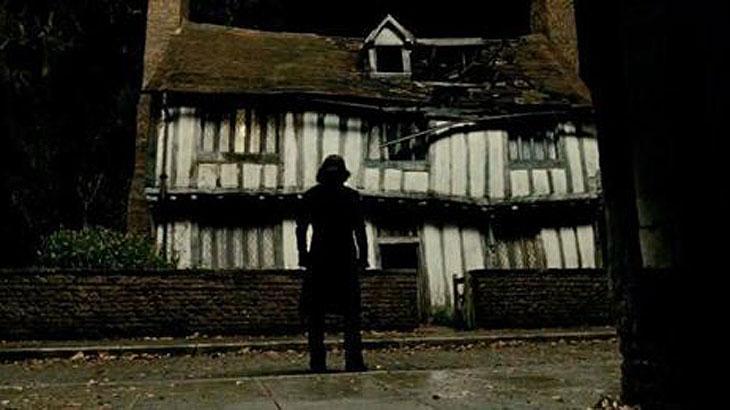Casa onde o personagem Harry Potter passou sua infância é colocada à venda