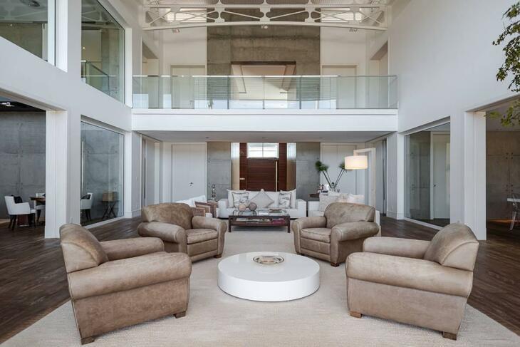 Há um ano, Rubens Barrichello tenta vender mansão de R$ 22 milhões; veja fotos